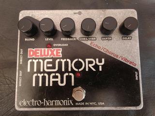 Pedal Electroharmonix Memory Man Delay,echo,chorrus,vibrato