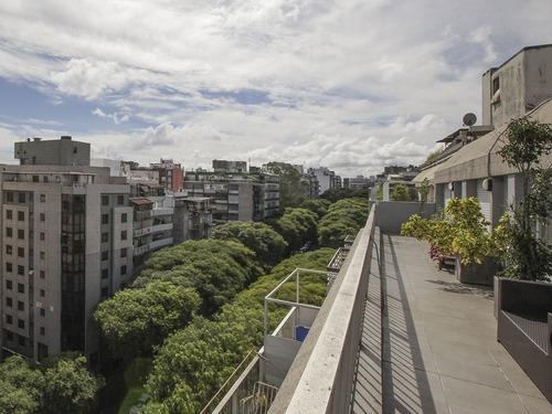 Impecable Penthouse En Pocitos Ref. 4761