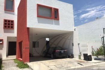 Casa En Venta En Residencial La Escondida, Monterrey
