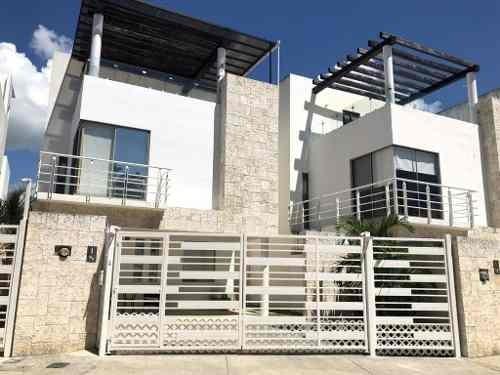 Casa 3 Recámaras Con Jacuzzi Y Roofgarden En Bali Playa Del Carmen P2958