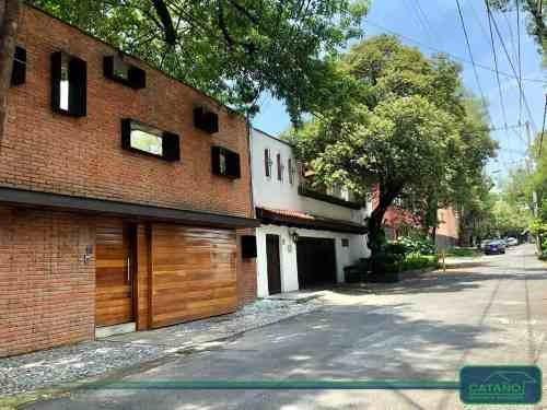 Privada De La Providencia, Casa En Renta