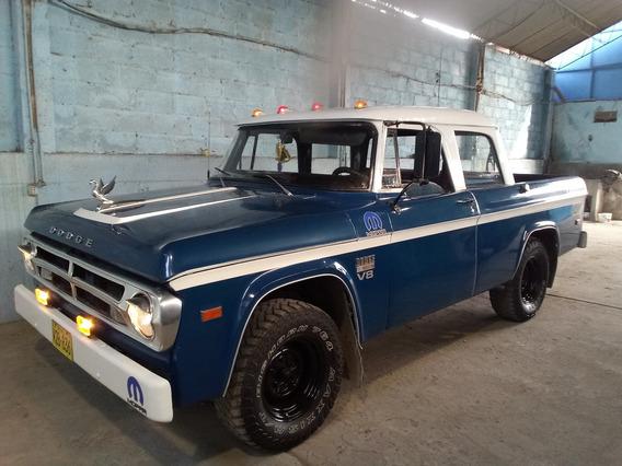 Camioneta Pick Up Dodge 100