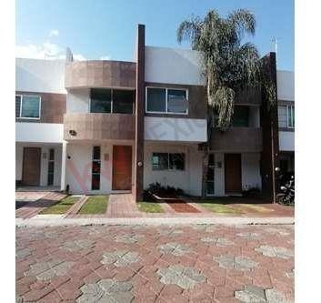 Casa Centrica En Corregidora Espaciosa E Iluminada