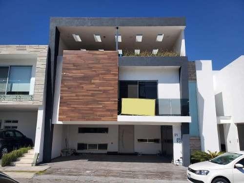 Casa Venta Fracc. La Cima Jardín 5 Recámaras, Roof Garden