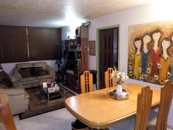 Apartamento En Venta Maracay Parque Choroni 20-2971 Sh
