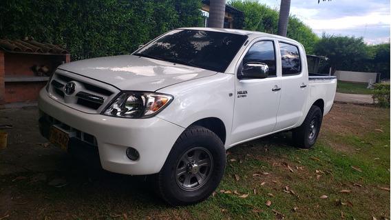 Toyota Hilux Doble Cabina Excelente Estado Impecable