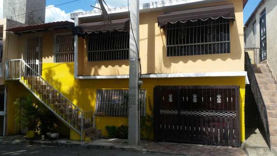 Casa 2 Niveles Independiente En Los Alcarrizos