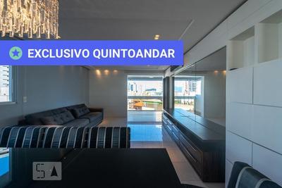 Apartamento No 2º Andar Mobiliado Com 3 Dormitórios E 2 Garagens - Id: 892930358 - 230358