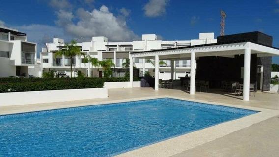Casa En Renta Avenida Huayacán, Cancún_45991