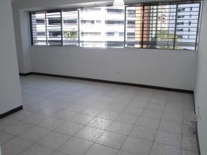 Alquiler De Apartamento En Lomas Del Avila / Ac 20-19545