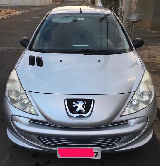 Peugeot 207 1.4 Xr Flex 3p 2011