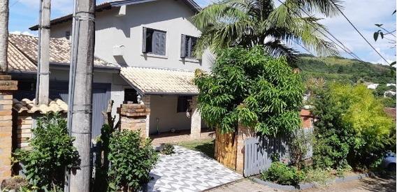 Sobrado Em Vila Nova Com 3 Dormitórios - Sc11191