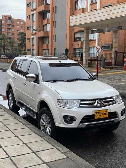 Mitsubishi Nativa Lujo