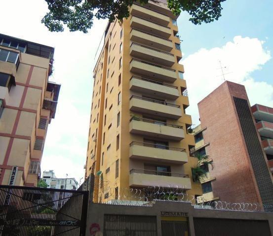 Maria Jose 19-14643 Vende Apartamento En La Florida