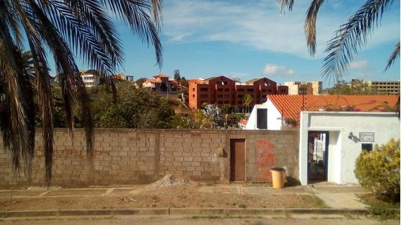 Terreno Con Bienhechuria Playa El Ángel