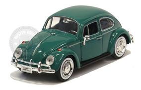 Miniatura Volkswagen Fusca Clássico 1966 Verde 1/24