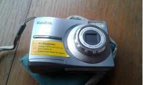 Kodak Easyshare C813 + Mini Tripé