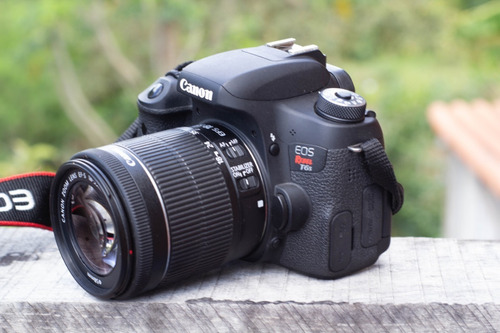 Câmera Canon T6s Com  18~55 Stm Só 7412 Clicks (possui Wifi)