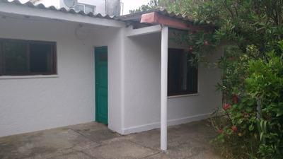 Casa En Costa Azul 5 Ambientes A Una Cuadra Del Mar