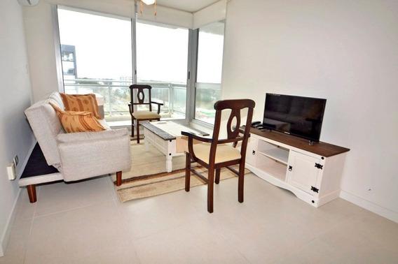 Bellagio Tower Apartamento En Oportunidad Un Dormitorio En Venta Bajos Gastos Comunes- Ref: 3056