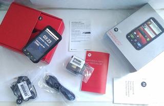 Motorola Defy With Motoblur Ñ Roda Zap Vitrine