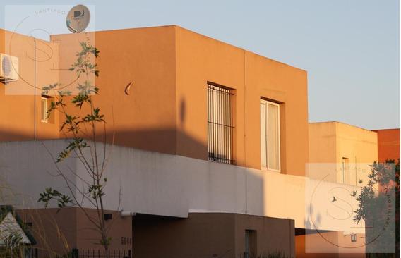 Casas De Santa María En Venta, Barrio De Eidico. Villanueva.