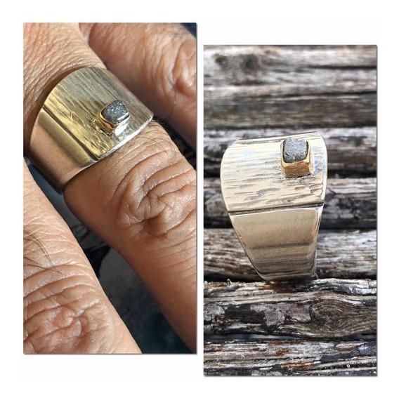 Anel De Prata Com Diamante Bruto, Cravaçao Em Ouro 18k