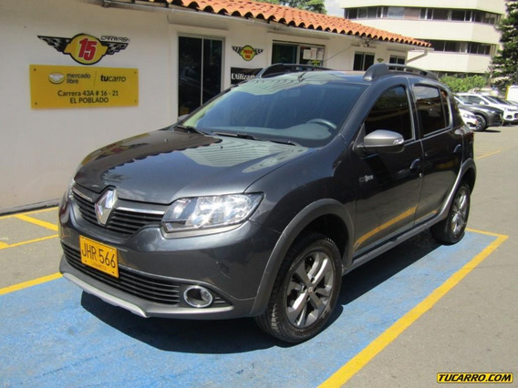 Renault Sandero Stepway Night And Day
