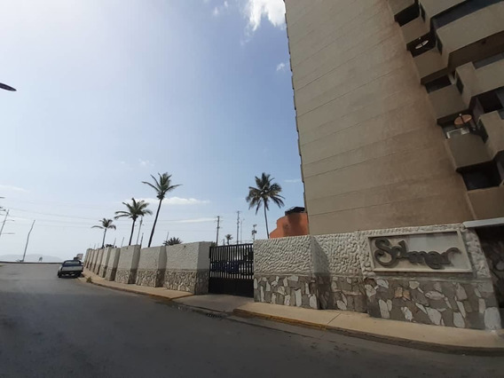 Residencias Solimar Frente Playa Lido Yralys 04248948234