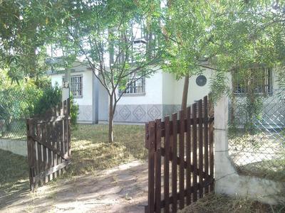 Casa Fresca Patio Con Sombra, Parrillero, Horno Cerco