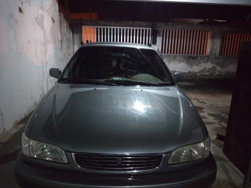 Imagem 1 de 4 de Toyota Corolla 2001 1.8 16v Xei Aut. 4p
