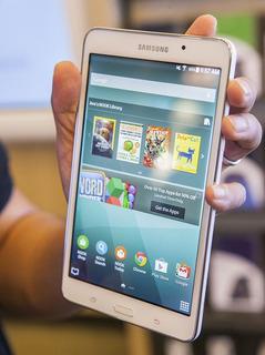 Tablet Samsung Galaxy Tab 4 / Android / Quad-core / Cámara