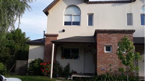 Duplex Barrio San Antonio Benavidez