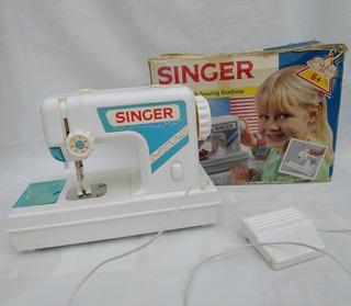 Maquina De Coser De Juguete Singer