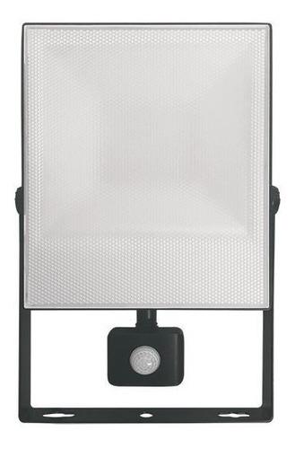 Focos Para Exterior Led 50w Con Sensor Vivion Luz Fría Fama