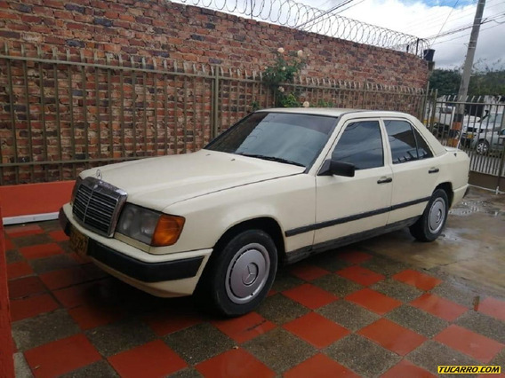 Mercedes Benz Clase E 1989