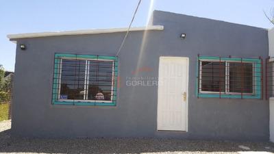 Casa En Uruguay, San Carlos, Oportunidad!! 2 Viviendas Juntas De 2 Y 1 Dormitorios, Ideal Renta - Ref: 22070