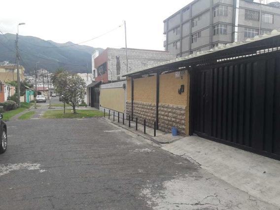 Departamento Pequeño Al Norte De Quito Urbanización Privada