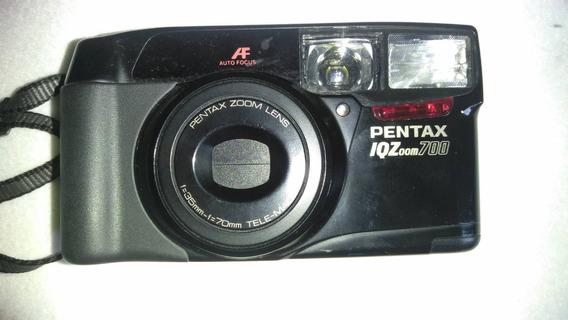 Camara Pentax Iqzoom 700
