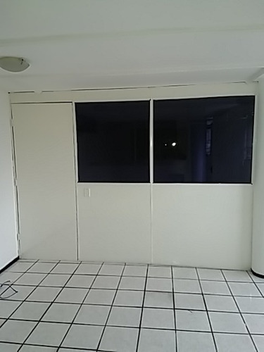 Imagem 1 de 2 de Sala Para Alugar Na Cidade De Fortaleza-ce - L4599