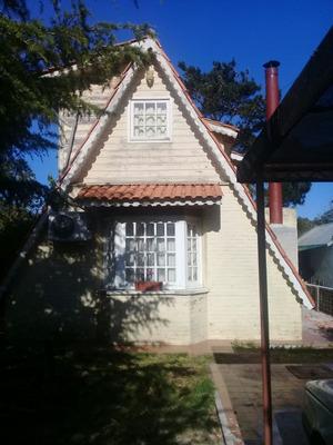 Alquiler De Casa Ubicada En La Barra