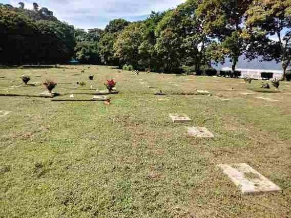 Venta De Parcelas De 2 Fosas/ Cementerio De Este