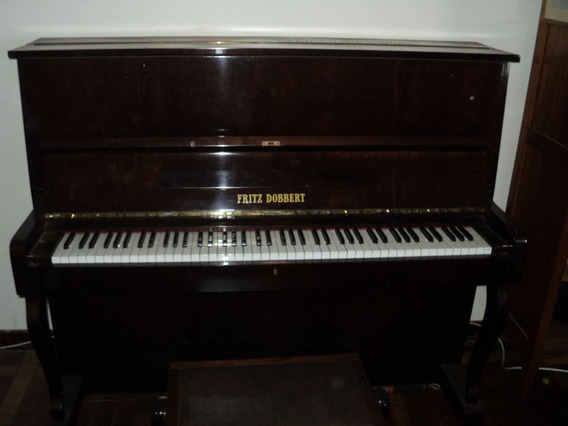 Piano Fritz Dobbert, Em Perfeito Estado