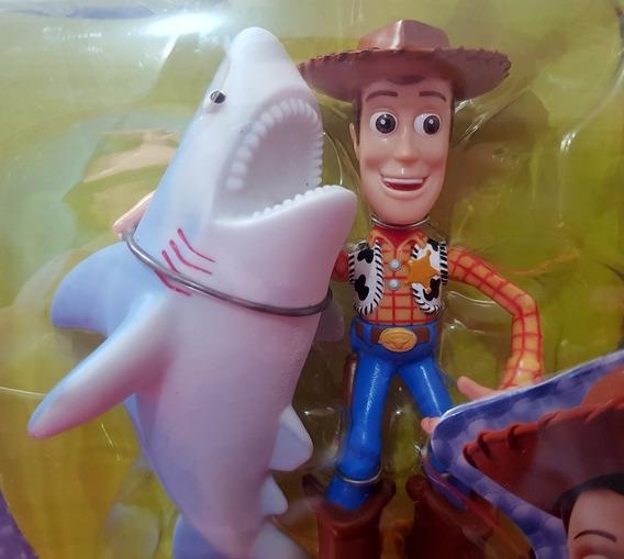 1999 Raro Toy Story Woody C/ Tubarão - Emb. Lacrada Estrela!