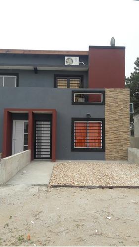 Imagen 1 de 11 de Duplex 3 Habitaciones Y Dos Baños