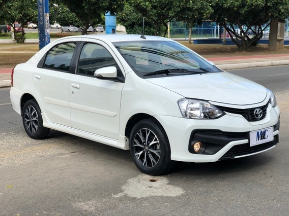 Etios 1.5 Platinum Sedan 16v Flex 4p Automático 40km