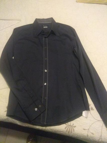 Vendo Camisa Urban Uptown Original Talla Mediana 15 15 1/2