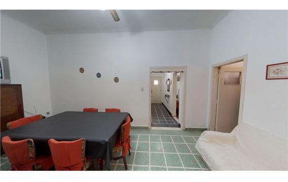 Casa En Venta 4 Ambientes Padua