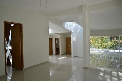 Er1012.- Residencia Espectacular De Una Sola Planta En Renta