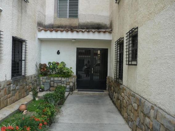 Apartamento En Venta La Granja Naguanagua 19-17201 Rc